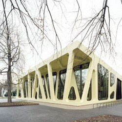 Mensa Karlsruhe is an elastic space, that sits in the center of the Karlsruhe University Campus.