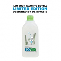 De Invasie designed limited edition labels for the new Ecover bottles, designed by Veerle De Ridder and Not Too Arty. These bottles are made of a innovative plastic that is 100% recyclable and 100% made of sugar cane.