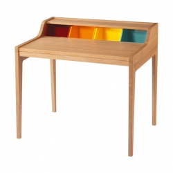 Red Dot awarded German designer Gesa Hansen 'remix'ed the classic Davenport desk, in color.