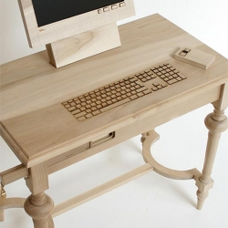 Marlies Romberg Wooden Computer Workstation brings a desktop computer into the realm of traditional furniture with the help of a laser cutter. Functional keyboard, mouse and monitor.
