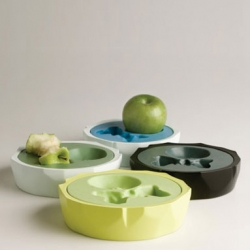 Love this - D-Vision created the Small Apple Dish to aesthetically incorporate your apple core when you are done with it.
