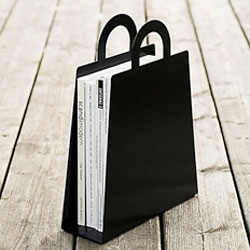 Malin Lundmark's new MagBag...a magazine holder designed to look like a handbag.