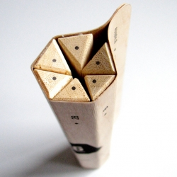 Maude Buissière has developed this nice concept of detachable pencils created from a single sheet of wood in my packaging class.