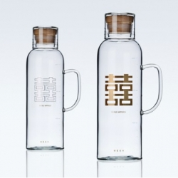 The Fifties and Sixties' series of double happiness thermos and a whole set combine the form of traditional double happiness thermos and glass craft. Designed by MESH