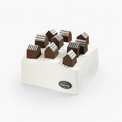 "Ice Cream Cake ""Village"" by Nendo for Häagen-Dazs"
