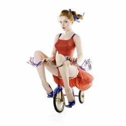 "Beautiful photography of Irina Davis: Pin-up ""a la Russa""."