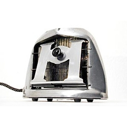 Browse the Toaster Museum's collection of vintage toasters...