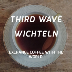 Third Wave Wichteln - This year the 'International Secret Santa Coffee Exchange' is happening again. It's easy: share a package of local third wave coffee and receive a package in return.
