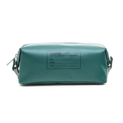 Nice looking Dry Dopp Kit from Jack Spade for all of your toiletries. Made out of tarpaulin for water resistance and maximum durability, with a screened exterior address label.