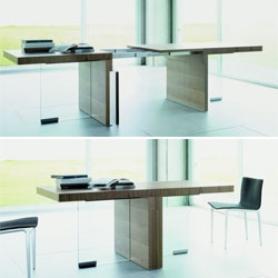 Interesting expandable table by Nueva Linea.