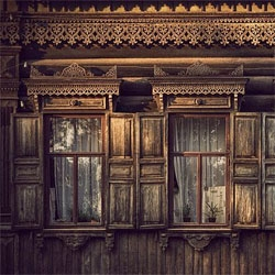 Wow. I really need to go Siberia - some amazing photos of windows/home exteriors. Love the ornate facades.