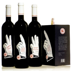 Hanna Backman designed the visual identity for these wines by Mont Tauch.