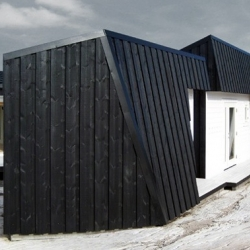 Cabin Vardehaugen in Grøttingen - Norway by Fantastic Norway Architects