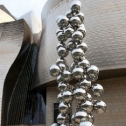 The Guggenheim Museum Bilbao presents the first large-scale solo exhibition in Spain dedicated to the work of Anish Kapoor.