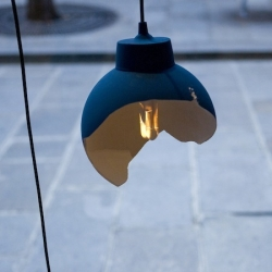 '00.00.00' hanging light by Dutch designers Jos Kranen and Johannes Gille at Gallery S.Bensimon - Paris.