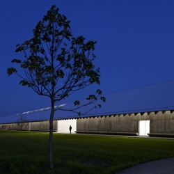 New building of the Parrish Art Museum at Water Mill, Long Island, NY, with inspiration from artist workshops and surrounding farms, the project is by Herzog & de Meuron.