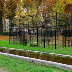 The Flavio Favelli's and Giuseppe Pietroniro's installations along the Po river in Turin