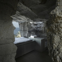 'Truffle' a cave home by the Madrid based architect agency Ensamble Studio, and with some help from Paulina the calf.