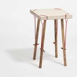 'Faire un pas de côté' by French designer Laure Manac'h : DIY furniture made of cord and wood.