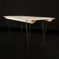 'Plane' birch plywood table by René Barthélemy.