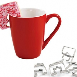 This coffee cup cookie cutters allows you to make cookies that will hang on the rim of your coffee cup.