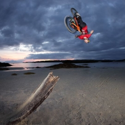 Danny MacAskill new viral Way Back Home captures cycling skills among stunning scenery from across Scotland.