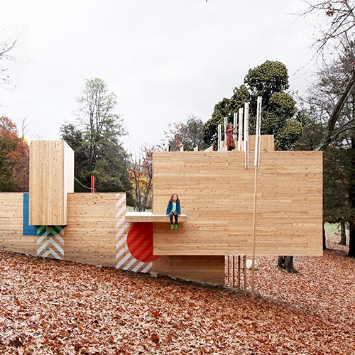 Five Fields Play Structure in a historic neighborhood of Lexington MA, designed by Matter Design and FR|SCH Projects to cultivate children's imagination through play.
