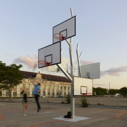 As part of the exhibition Playgrounds of Travel at Nantes, the architectural firm LTA created this 'Tree basketball' installation for Lieu Unique.