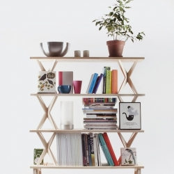 Russian designer Lesha Galkins sign this modular shelving system, structures composed of plywood and planks of solid pine.