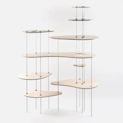 Russian designer based in Saint Petersburg, Lesha Galkin created the shelf system 'Nenuphar'.