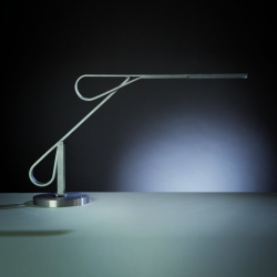 "The September 2012 edition of Maison & Objet, the luminaire manufacturer Kaer & Splann presented his collection ""Blade"" designed by Pierre Lota."