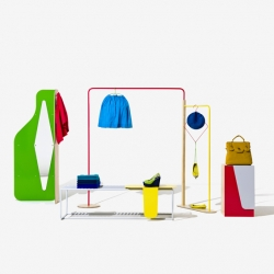 'Objet Coloré' a furniture serie by the Fabrica designers and created for the shops United Colors of Benetton in London - England.