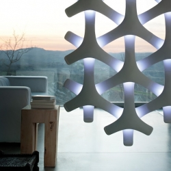 'Synapse' modular lamp by the Italian designer Francisco Gomez Paz for Luceplan.