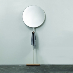 'Guilietta' mirror by the Guatemalan designer Luis A. Arrivillaga, exhibited for the first time at the Milan furniture fair 2013.