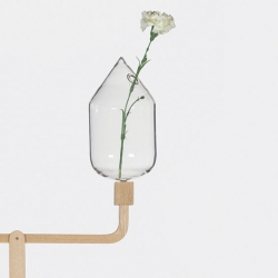 'Balance' soliflore by the French designer Marie Dessuant for Fabrica and Secondome gallery.