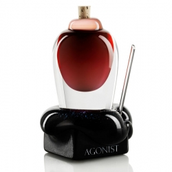 Here is the latest addition to the Swedish perfume series Agonist. The beautiful perfume bottle is made by Sentral Designstudio and Åsa Jungnelius .