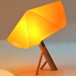 'Poppy' smalls lamps by French designers Wa De Be.