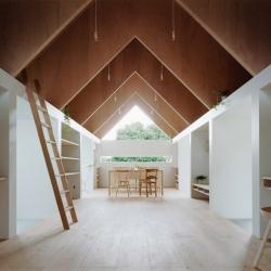 'Koya No Sumika' house by Japanese architects mA-style, in  Yaizu, Japan.    #architecture #japon #maison