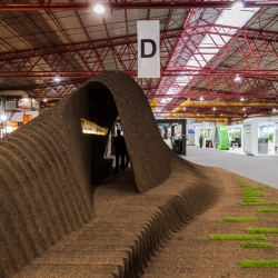 The Vaulted Cork Pavillion was built for Amorim Isolamentos Lda., to demonstrate its cork building materials at Concreta 2013, a biennial building fair held at Exponor, Porto.