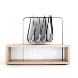 Tasca Shelves by  Italian designer Vito Marco Marinaccio for Formabilio.