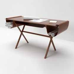 'Oscar' the architect's desk, inspiration Oscar Niemeyer. By Italian designer Giorgio Bonaguro for Valsecchi 1918.