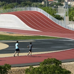 The 3D Track by Subarquitectura includes a built-in hill.