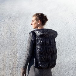 """MAI"" an urban backpack design by Teresa Piardi & Alberto Sinigaglia"