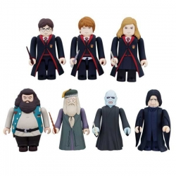 kubrick releases a look at the prototypes for their upcoming harry potter line for december 2010.