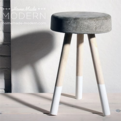 5$ Concrete Stool you can make in an hour... fun project from Homemade Modern