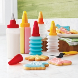 Kuhn Rikon Dual-Chamber Squeezable Decorating Kit ~ after last weeks adventures with sugar cookies and royal icing in london ~ i think we need this! What a fun set?!?!