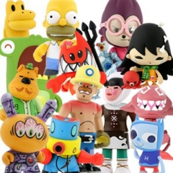Wow, on ideas for stocking stuffers, or office gifts ~ kidrobot has a lot of deals on holiday packs of blind box toys ~ you can spend 100$ and get 30 blind boxes to spread the love...