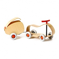 Items like this  Go Go Racer and Hitch, make me wish i was or had a kid somewhere to play with this with. Gorgeously sleek minimalist design ~ and functional too!