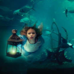 Beautiful photos of an underwater fantasy by Elena Kalis.
