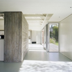 Murdock Young Architects designed this beautiful contemporary lakefront home in Montauk, NY.